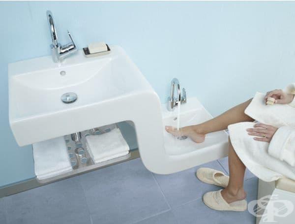 Тази мивка е удобно както за възрастни, така и за деца.