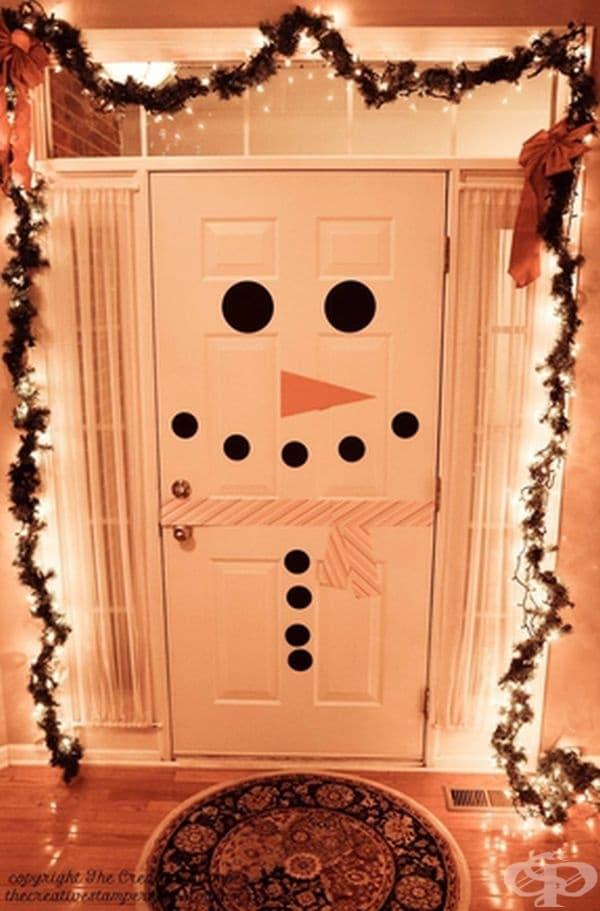 Декор за вратата.