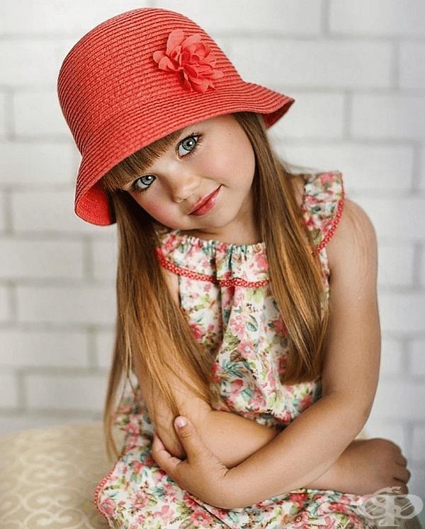 Въпреки цялото внимание, Анастасия все още има живота на нормално дете.