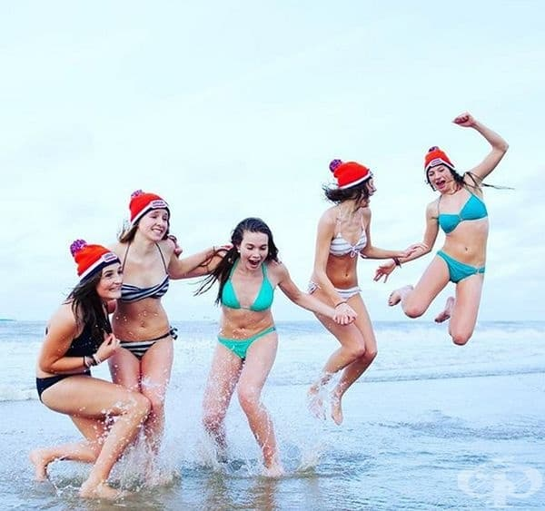 Nieuwjaarsduik (гмуркане за Нова година). Фестивалът на моржовете е най-голямото новогодишно гмуркане в света. Обичаят се провежда всяка година на 1 януари в Холандия, където хиляди желаещи по бански се потапят в ледените води на Северно море.