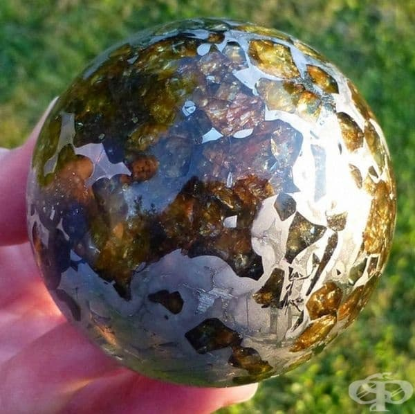 Така изглежда полиран метеорит.