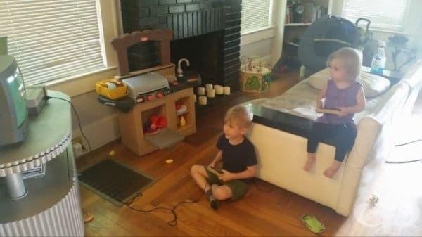 30-годишни изследвания показват, че ако дадете на едно дете игрова конзола, то със сигурност ще осигури на своята сестра контролер, който не е включен.