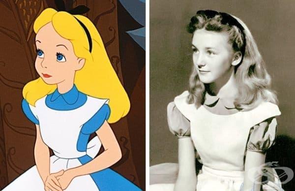 """Алиса и Катрин Бомонт - """"Алиса в страната на чудесата"""""""