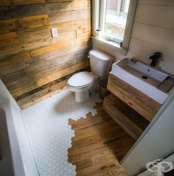 Дървеният дизайн създава впечатление за провинциална топлина, а творческият замисъл е оригинален.