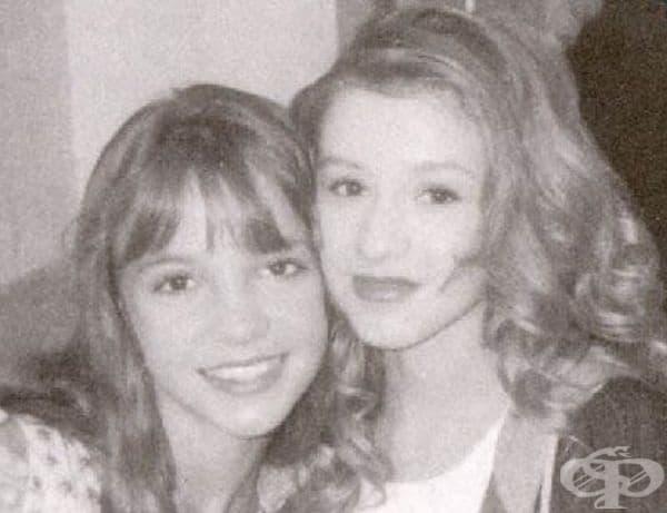 """Бритни Спиърс и Кристина Агилера в """"Клубът на Мики Маус"""", 1993."""