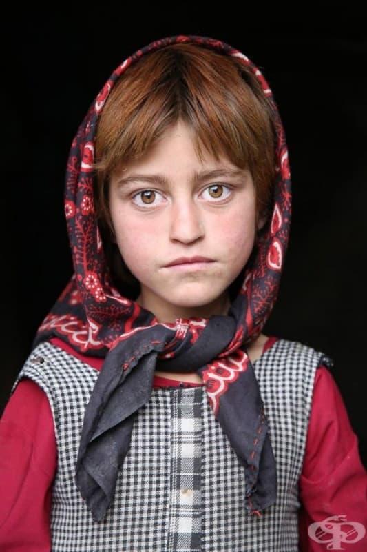 Момиче от област Уакхан, Афганистан.
