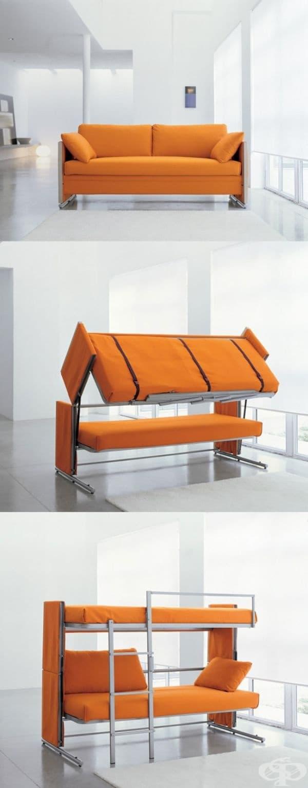 Разтегателен диван, който се превръща в двуетажно легло.