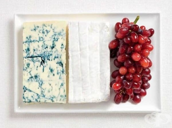 Франция: синьо сирене, сирене Бри, грозде