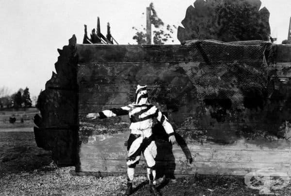 Този черно-бял камуфлаж е изработен за прикритие на войниците, които са се катерили по дърветата по време на Първата световна война.