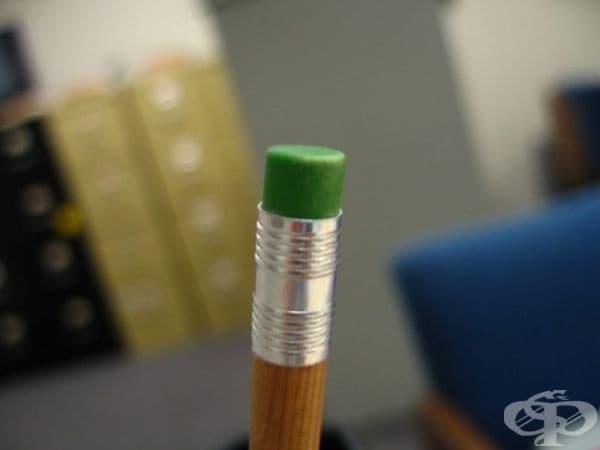 Преди да измислят гумичките, хората са използвали галета за премахване на следи от молив и мастило.