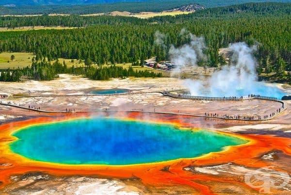 Голям призматичен извор, Уайоминг, САЩ.