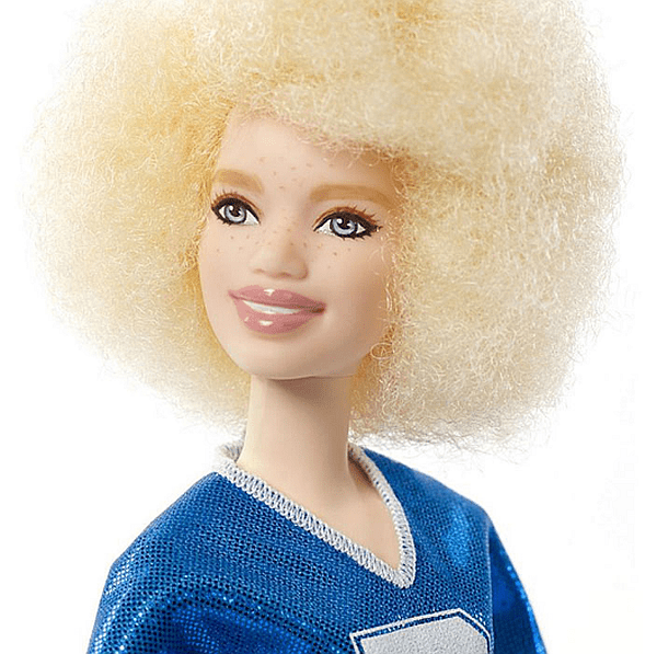 Отделно куклите имат и различни способности.