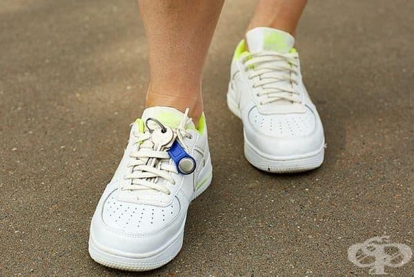 Ако обичате да бягате за тренировка, но не носите със себе си нищо, освен ключовете, може да ги закрепите за връзките на маратонките си.