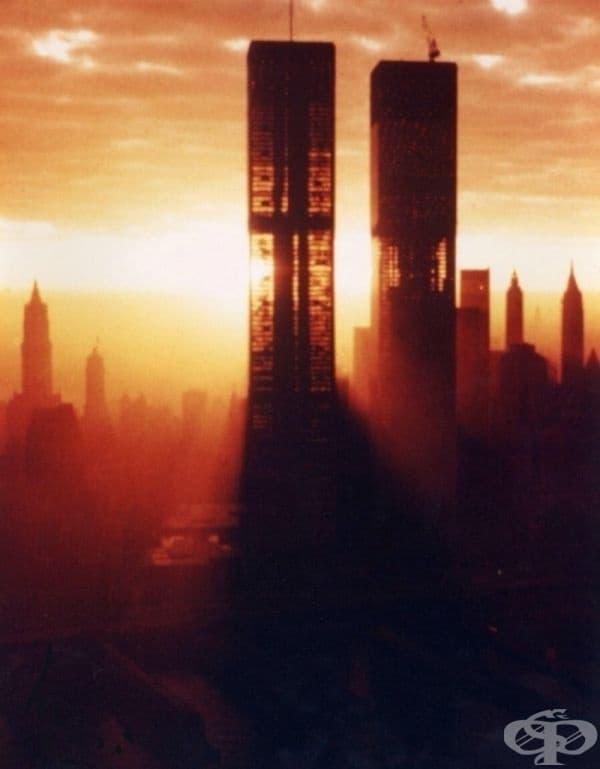 Кулите близнаци в Ню Йорк, година преди конструкцията да бъде завършена, 1972.