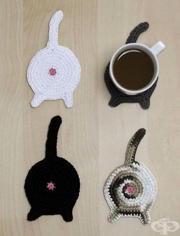 Поставка за чаша във формата на котка.