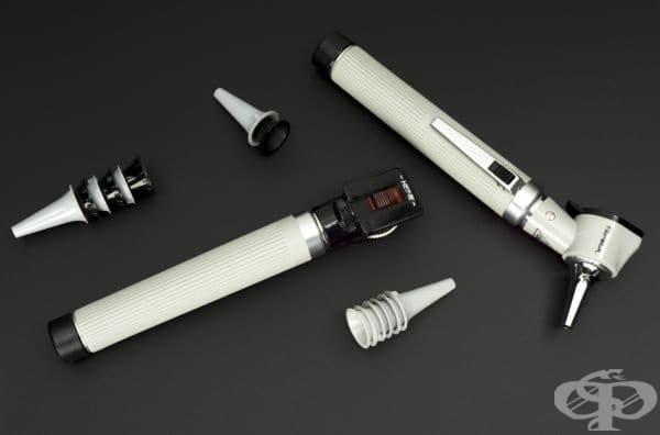 Любопитен е фактът, че полезните инструменти от тази снимка са използвани само веднъж от специалист в областта на болестите на носа ушите и гърлото.