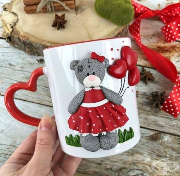 Нежни чаши с 3D декорация за любителите на кафе - изображение