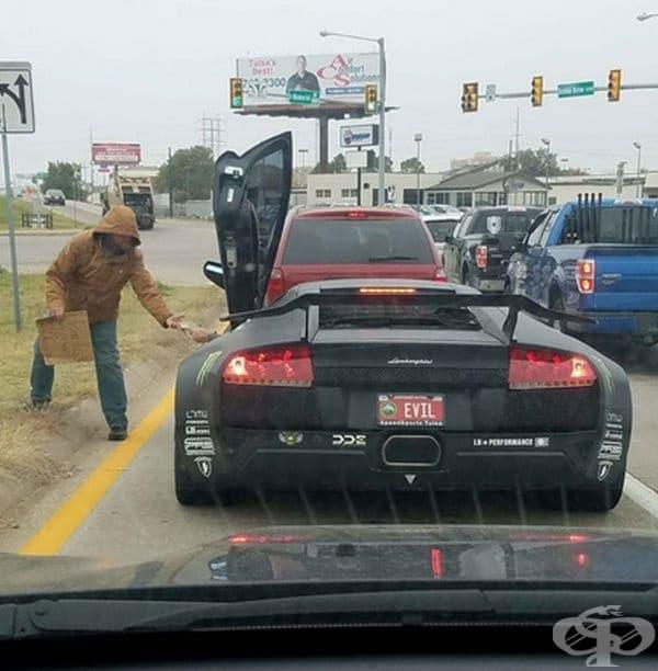 Ако сте се чудели каква кола кара Дяволът.