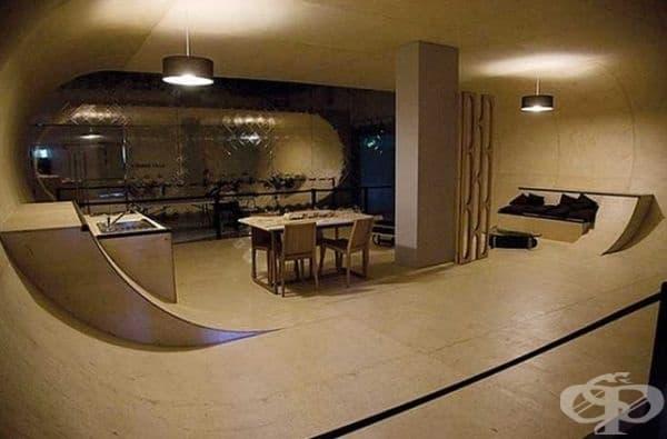 Ако обичате скейтбордовете, то тази къща е за вас.