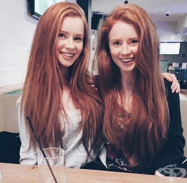 Червенокоси близначки.