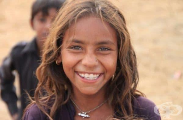 Усмивката действително може да промени изражението на човек. Към нея прибавете слънчев поглед и ще бъдете най-ослепителните на света.