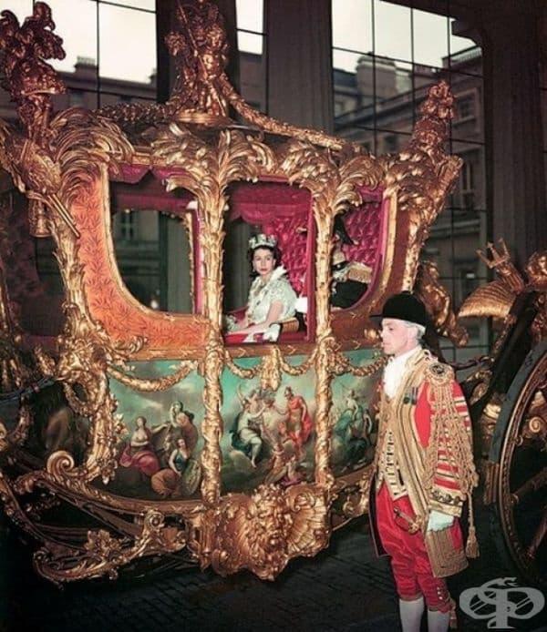 Коронацията на Елизабет II. Лондон, Бъкингамския дворец, 1953.