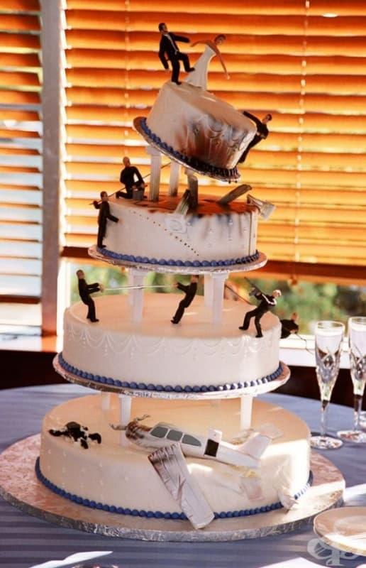 """Торта """"Джеймс Бонд""""."""