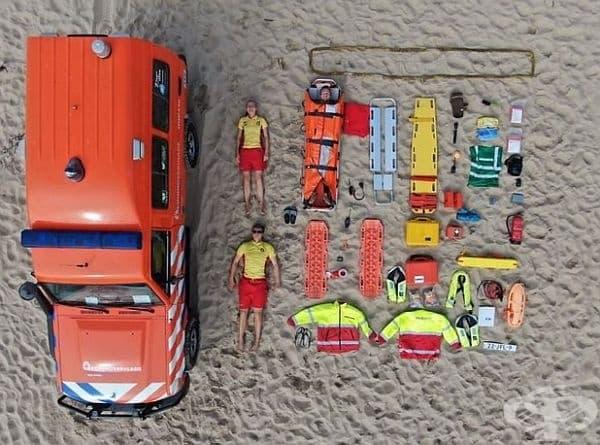 Спасители на Julianadorp Beach, Холандия