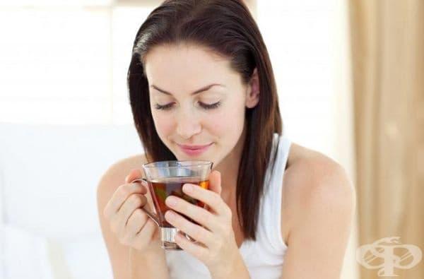 Консумирайте повече чай или фреш. Превърнете това действие в свой навик и ритуал. Фокусирайте се върху всеки етап от приготвянето. Насладете се на вкуса от напитката.