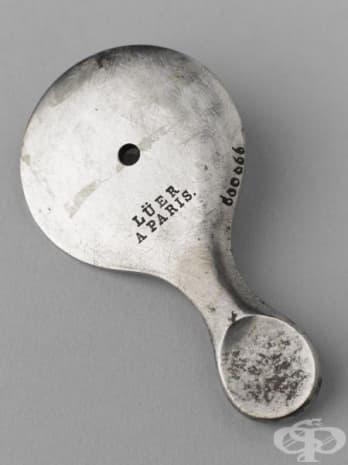 Офталмоскоп, създаден през 1851 година