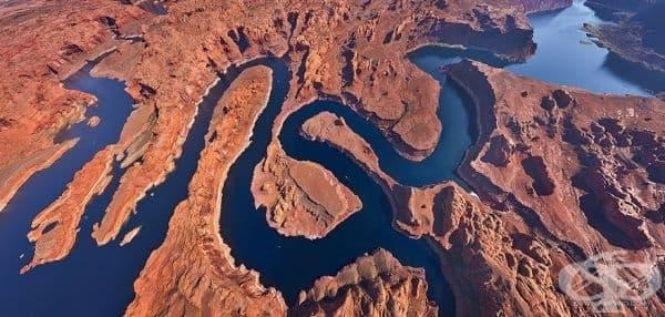 Езерото Пауъл на границата на Юта и Аризона, САЩ.