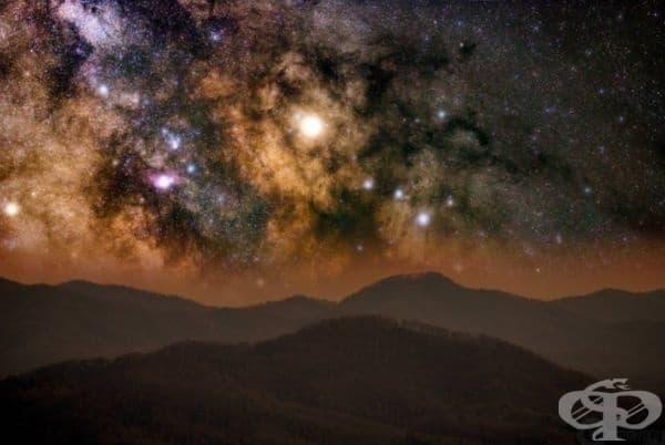 Планината Блу Ридж през нощта, Вирджиния, САЩ.