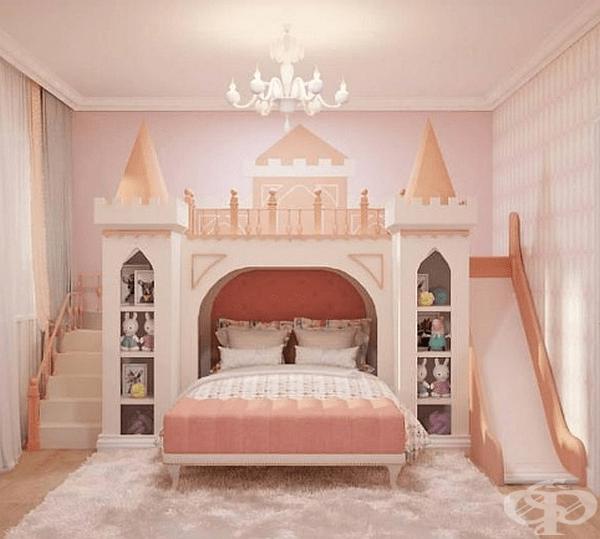 Цял замък за малка принцеса.