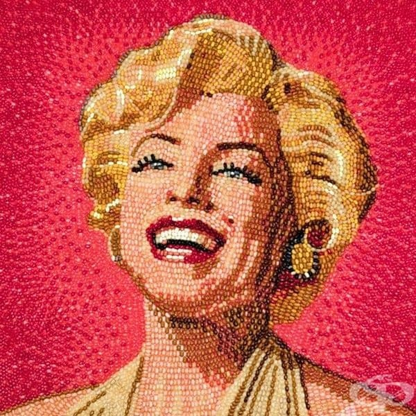 Художник създава портрети с паста за зъби