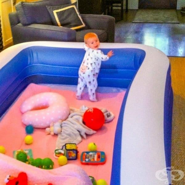 Надуваем басейн за безопасна игра на вашето бебе.