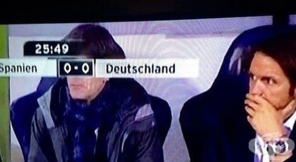 Изглежда, че треньорът не е доволен.
