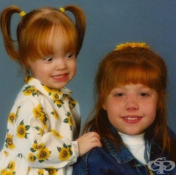 Когато се сърдиш на по-голямата си сестра.