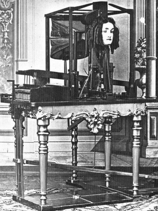 """Автомат """"Еуфония"""" - може да имитира човешка реч през 60-те години."""