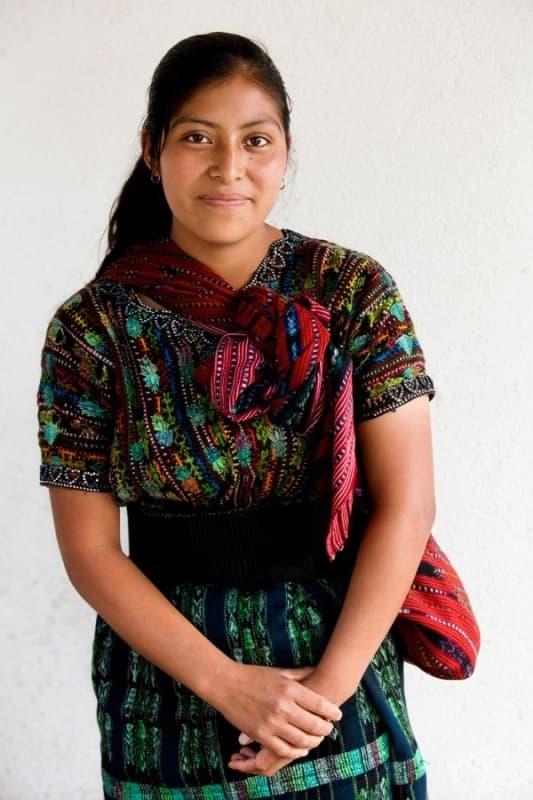 Момиче от племето Какчикели.