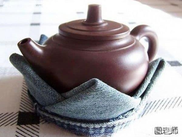 Поставка за чайник.