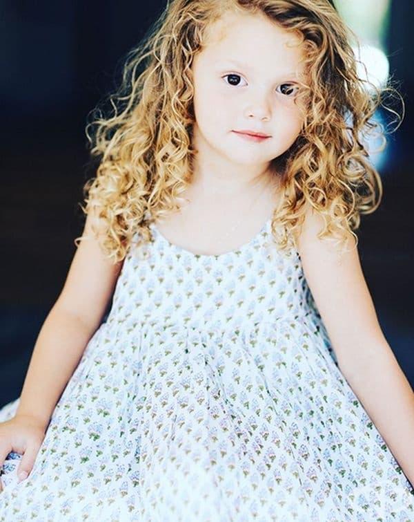 Емерсън Джей Суишър, дъщеря на Джоана Гарсия Суишър.