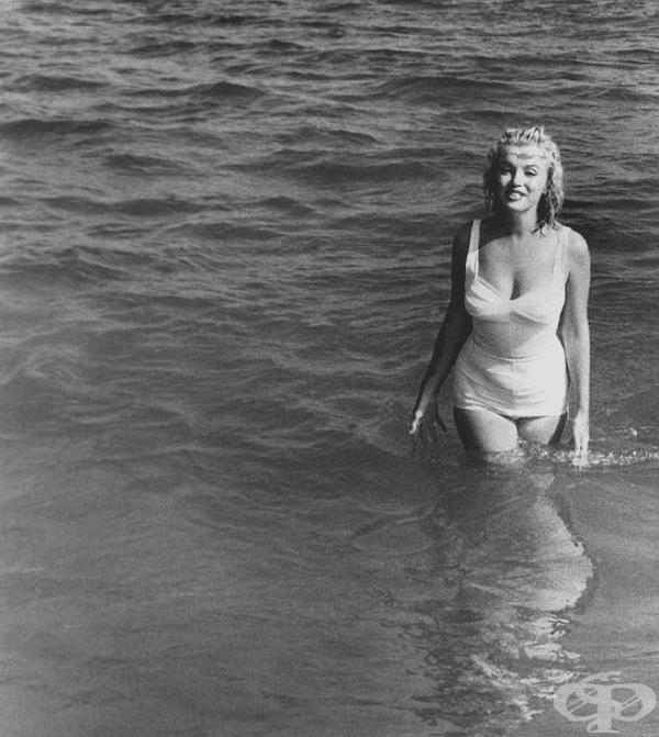 Ето защо е освежаващо да виждате такива щастливи и безгрижни нейни снимки на плажа.