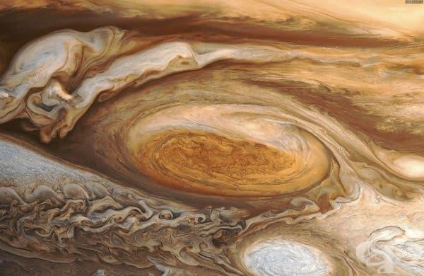 На Сатурн и Юпитер вали диамантен дъжд.