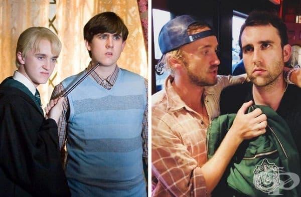 """""""Хари Потър"""", 2007 и 2018 г. Невил Лонгботъм (Матю Люис) учи в Грифиндор, а Драко Малфой (Том Фелтън) в Слидерин. Миналата година, когато се видяха, Том се опита да убеди Матю да постъпи в Слидерин, но напразно."""