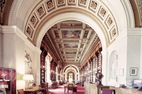 Френска библиотека на Сената, Париж, Франция.