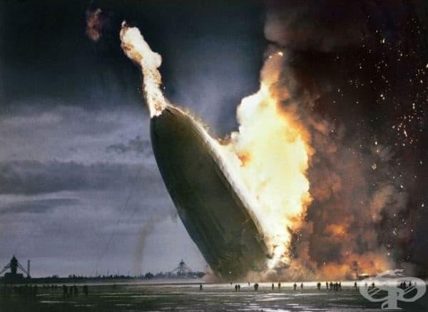 Хинденбургското бедствие, 1937г. (оцветяването е добавено   впоследствие).