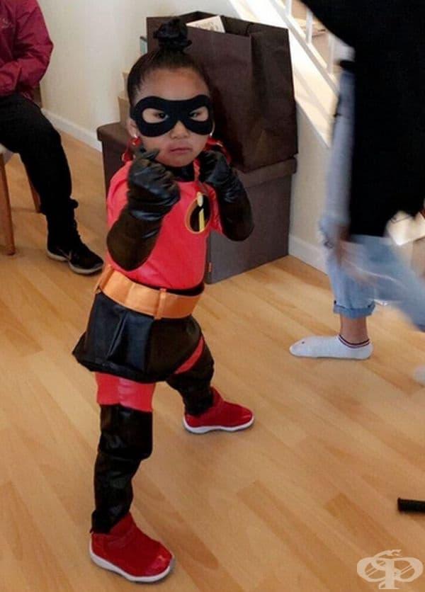 Този свят се нуждае от истински супергерои.