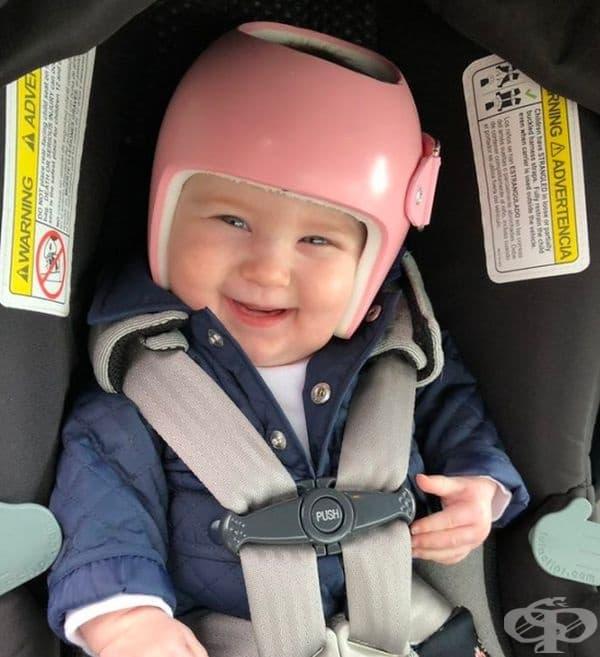 Очарователно и усмихнато дете!