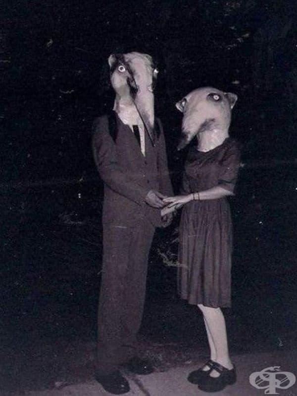 Кандидати за най-странните костюми за Хелоуин през годините.