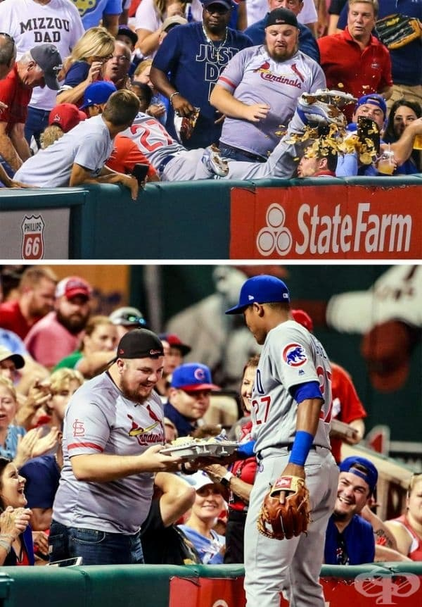 Бейзболен играч подава начос на фен, който го разпилява, докато спортистът влиза по трибуните, за да вземе топката.